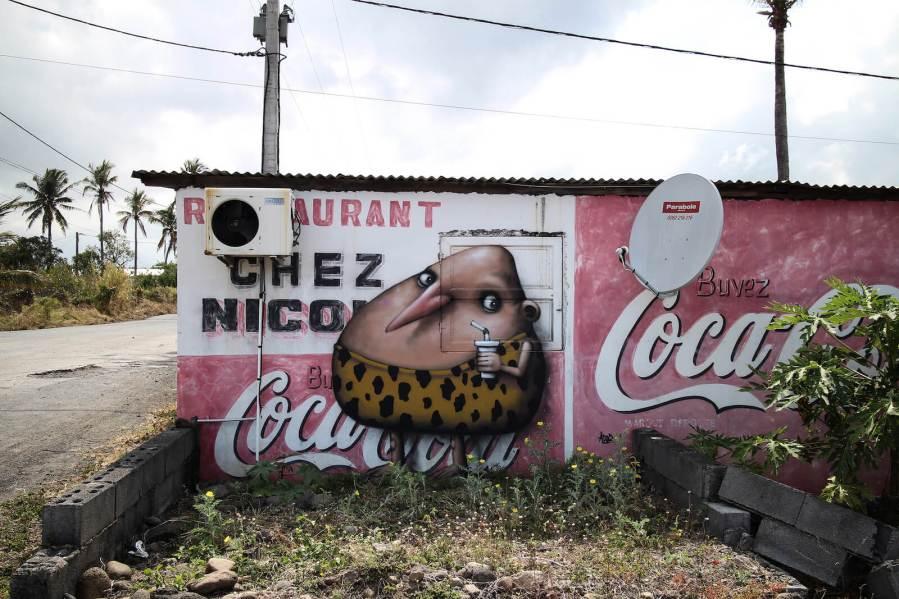 Ador-street-art-Reunion-island-2018-Propaganda