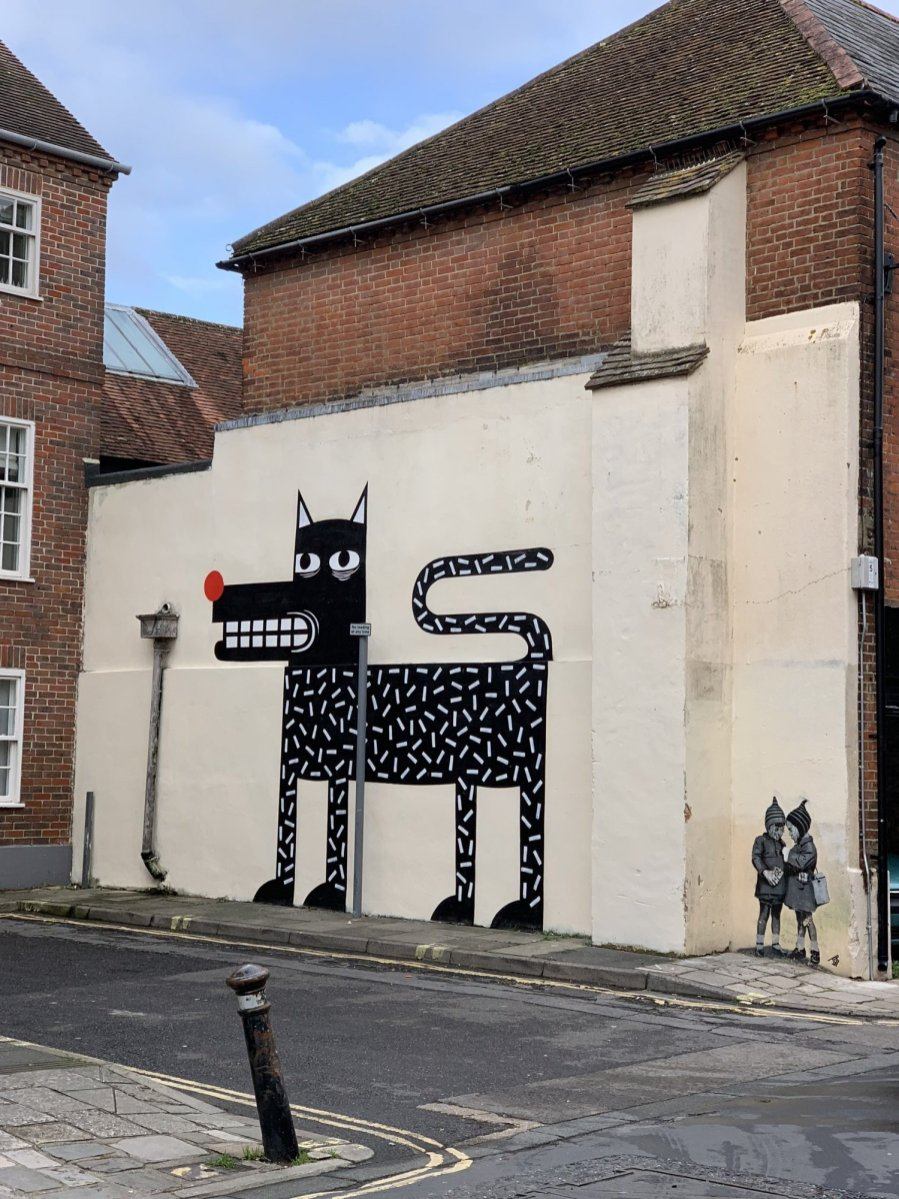 Joachim-The-Watchdog-North-Pallant-Street-Art-Chichester-02