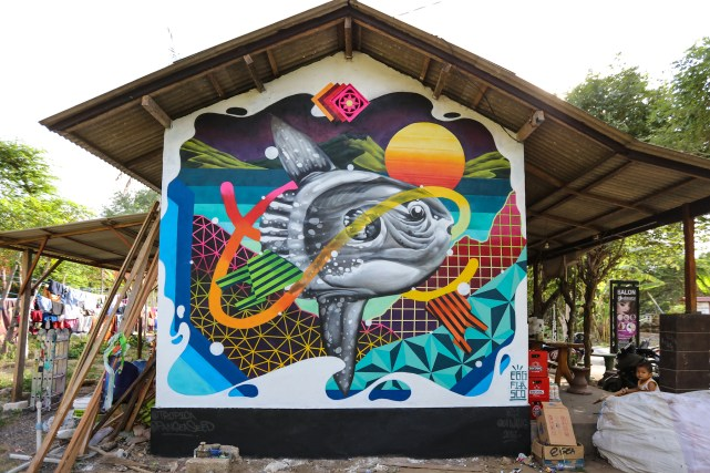 Egg-Fiasco-Sea-Walls-Murals-for-Oceans-Bali-2018-street-art-pangeaseed-pc-tre-packard-2