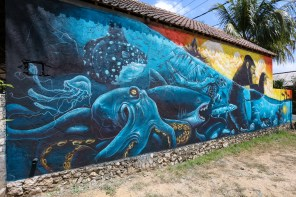 Katun-Sea-Walls-Murals-for-Oceans-Bali-2018-street-art-pangeaseed-pc-tre-packard-1