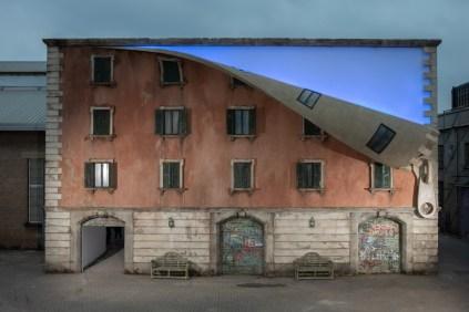 IQOS World Revealed by Alex Chinneck_01_ph Marc Wilmot