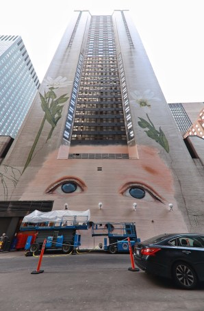 Jorge-gerarda-Manhattan-New-York-City-ILO100-Art-Walk-street-art-for-mankind-pc-just-a-spectator-
