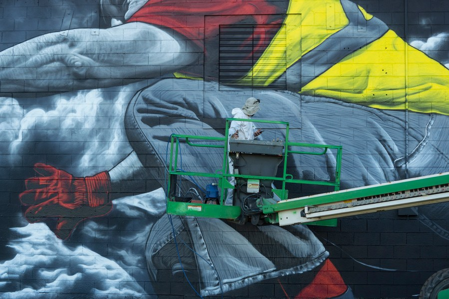 MTO-Yellow-Vest-Movement-street-art-diesel-Jacksonville-pc-Iryna-Kanishcheva-1