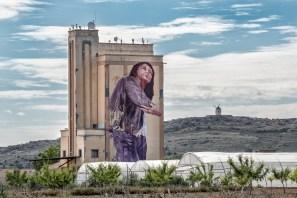 Fintan Magee-Titanes-social-inclusion-silo-street-art-museum-the-plain-of-La-Mancha-ciudad-real-pc-Rivera-Donas-6