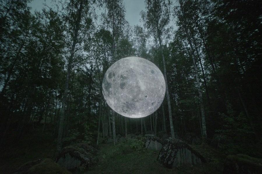 'Astronomia Nova' collab Faith XLVII AND Lyall Sprong. Photo credit Faith XLVII