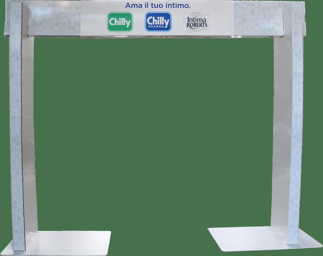 totem-pubblicitario-ponte-cartone-chilly
