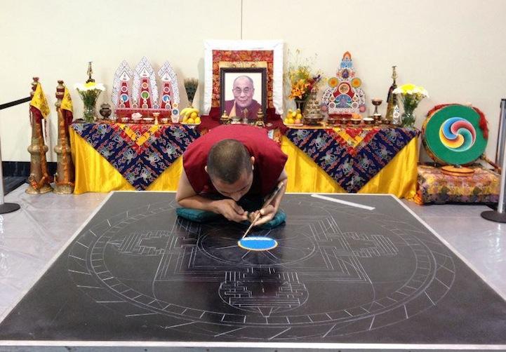 tibetanmonks04