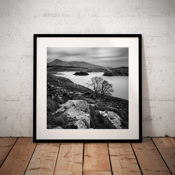 Llyn-y-Dywarchen-Snowdonia-National-Park-Wales-Framed