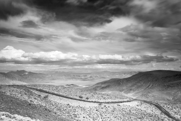 Sony A7R with Canon 17-40mm Black and White Death Valley Dante's Peak