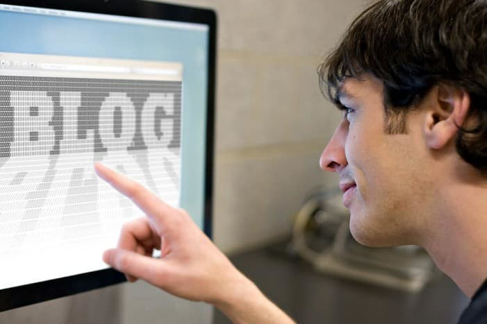 Person engaged with blog