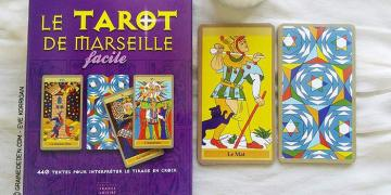 Le Tarot de Marseille Facile de Emilie Porte et Laure de Matharel - Graine d'Eden Développement personnel, spiritualité, guidance, oracles et tarots divinatoires - La bibliothèque des Tarots