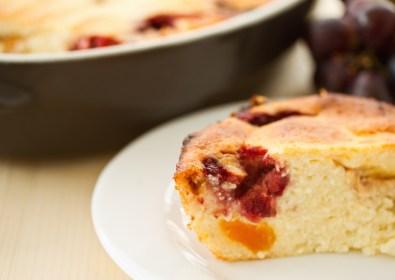 Raisins Cake with Fayrouz Apple