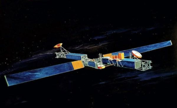 "Source Claims Aldrin and Apollo 11 Crew Saw ""Spy Satellite ..."