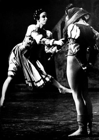 Marcia Haydée with Richard Cragun in The Taming of the Shrew