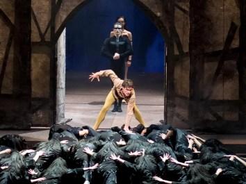 Claudio Coviello as Quasimodo in Notre-Dame de Paris