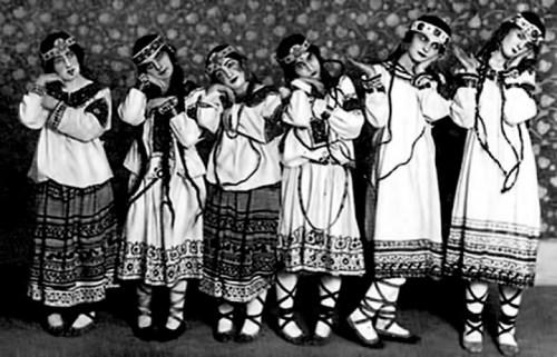 Rite-of-Spring-dancers