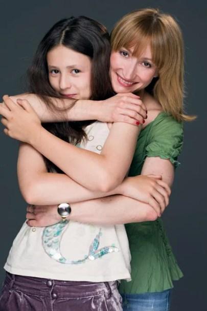 Daria-Klimentova-with-Sabina_2