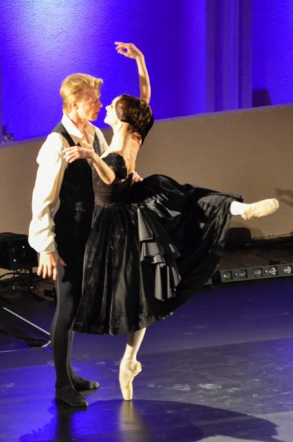 Maria Eichwald and Marijn Rademaker in The Lady of the Camellias