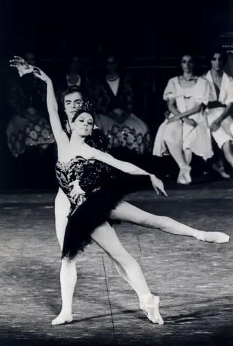 Liliana Cosi and Rudolf Nureyev, Swan Lake 1973