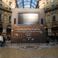 Mega-Screen in Milan's Galleria