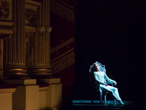 David Hallberg's dreaming prince in Swan Lake at La Scala