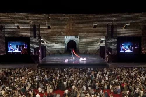Arena di Verona - Roberto Bolle & Friends tour 2012 - photo Luciano Romano