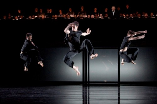 Maksat Sydykov, Alexandre Simões, Andriy Boyetskyy, Boris Statsenko and the Chorus of the Deutschen Oper am Rhein