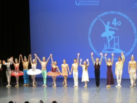 Surreal moment for me, bows after the winners gala in which I got to perform with stars like Vladimir Malakhov, Beatrice Knop, Letizia Giuliani and Alessio Carbone
