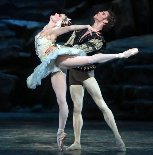 Gillian Murphy and James Whiteside in ABT's Swan Lake - photo Andrea Mohin