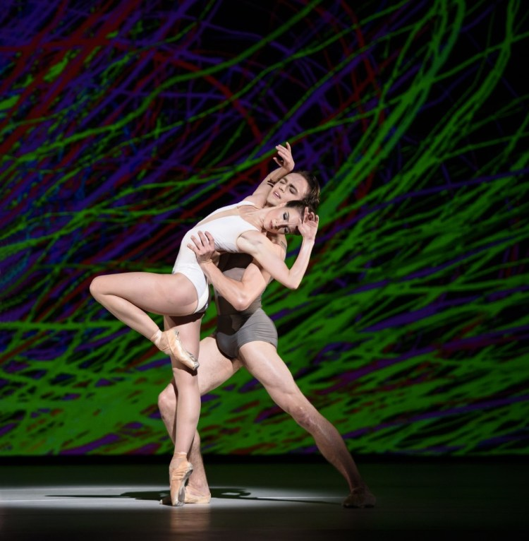 Connectome with Lauren Cuthbertson and Matthew Ball ©ROH, 2015. Photographed by Bill Cooper