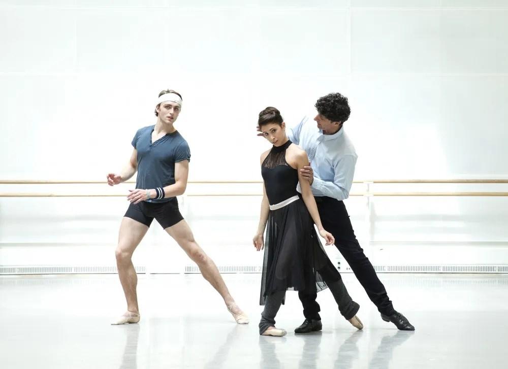 Yasmine Naghdi and Matthew Ball rehearsing Romeo and Juliet with Jonathan Cope - Rehearsal photography by Andrej Uspenski ©ROH, 2015