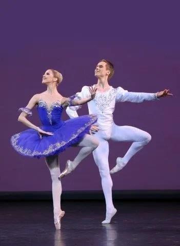 Grand pas Classique - Alina Somova and Leonid Sarafanov - photo by Natasha Razina