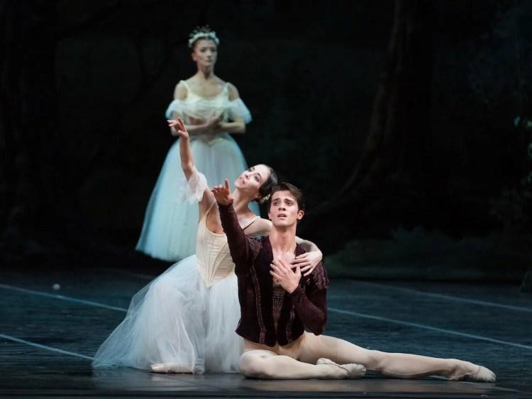 Rebecca Bianchi and Claudio Coviello in Giselle - photo by Yasuko Kageyama, Teatro dell'Opera di Roma
