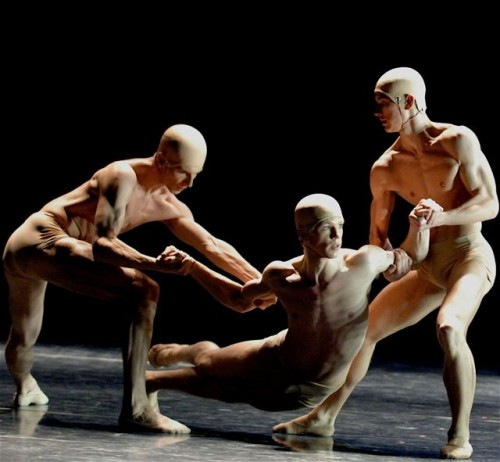 EDEN EDEN choreography by Wayne McGregor with Marijn Rademaker - photo Stuttgarter Ballet