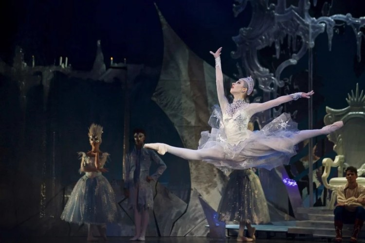 The Snow Queen, Czech National Ballet - photo by Dasa Wharton 08