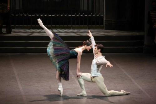 Martina Arduino as Odile with Nicola del Freo – photo by Brescia and Amisano Teatro alla Scala