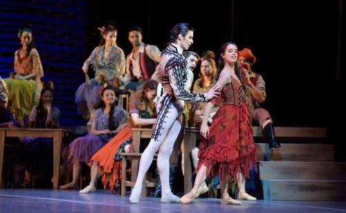 Ciro Mansilla and Maria Riccetto in Carmen - photo by Amalia Pedreiras, BNS   Ballet Nacional Sodre