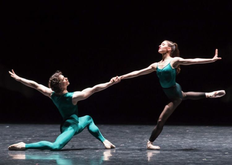 In the Middle Somewhat Elevated with Zarina Stahnke, photo by Ian Whalen