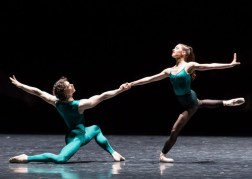 István Simon and Zarina Stahnke in In the Middle Somewhat Elevated by William Forsythe, Photo by Ian Whalen