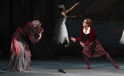 La Sylphide with Julian MacKay, photo by Stas Levshin 01