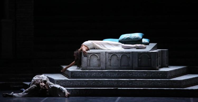 Misty Copeland with Roberto Bolle in Romeo and Juliet, photo by Brescia and Amisano, Teatro alla Scala, 2016 4