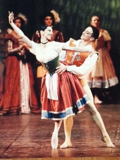 Monica Vaglietti in the peasant pas de deux in Giselle with Maurizio Licitra, by Lelli e Roberto Masotti, Teatro alla Scala
