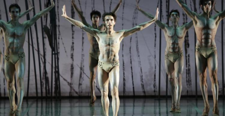 Antonino Sutera as The Chosen One in Le sacre du printemps