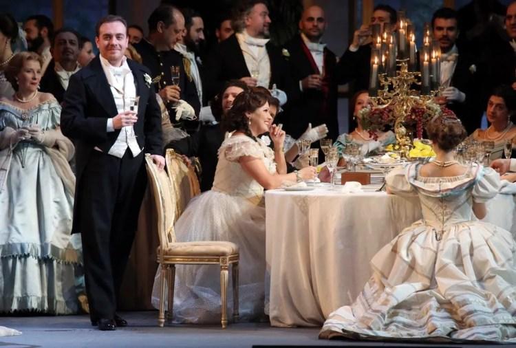 La traviata with Anna Netrebko, Francesco Meli and Leo Nucci © Teatro alla Scala, Amisano e Brescia, 2017 01
