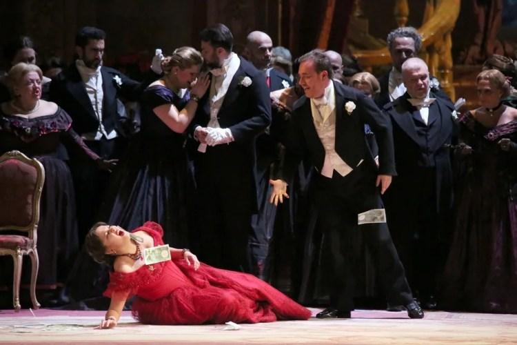La traviata with Anna Netrebko, Francesco Meli and Leo Nucci © Teatro alla Scala, Amisano e Brescia, 2017 03