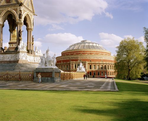 ALBERT MEMORIAL AND THE NORTH ENTRANCE TO THE ROYAL ALBERT HALL © Marcus Ginns