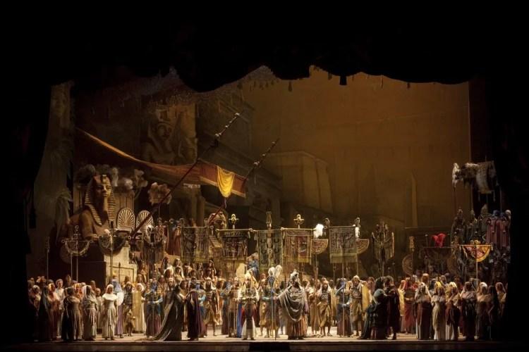Aida, photo by Brescia e Amisano