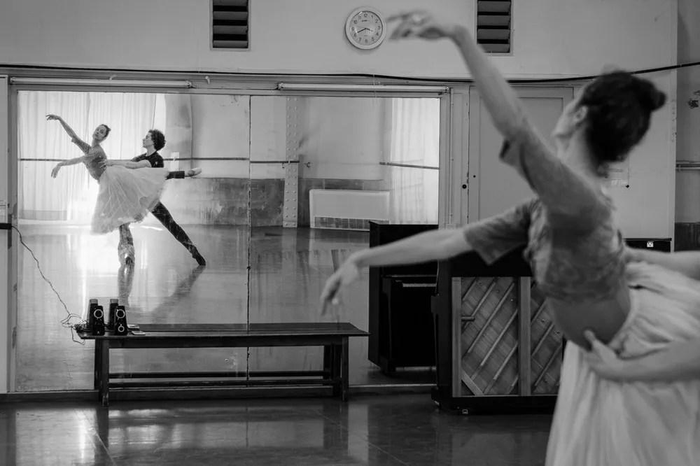 Dorothée Gilbert and István Simon rehearse Giselle, photo by Ann Ray Anne Deniau 2