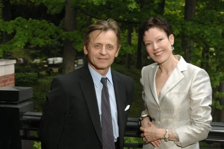 Mikhail Baryshnikov and Karen Kain, photo by Gary Beechey