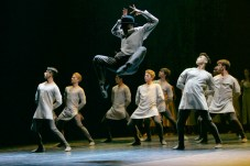 Akram Khan's Giselle, English National Ballet, © Dasa Wharton a09